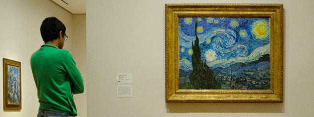 Užijte si nádhernou Muzeum moderního umění (MoMA) v New Yorku. Muzeum zahrnuje kusy některých našich časových největších umělců. Kupte si vstupenky zde.